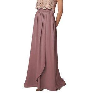 Dresses & Skirts - Blush semi formal prom skirt